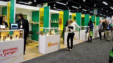 Parceiros do projeto Bee Brazil participaram da Feira Natural Expo West 2013 em Anaheim, Estados Uni